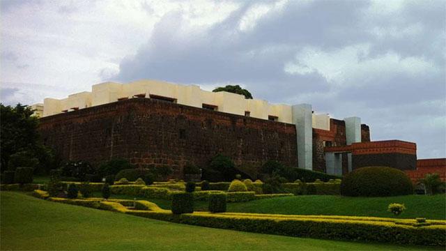 Pune Fort Jadhavgadh