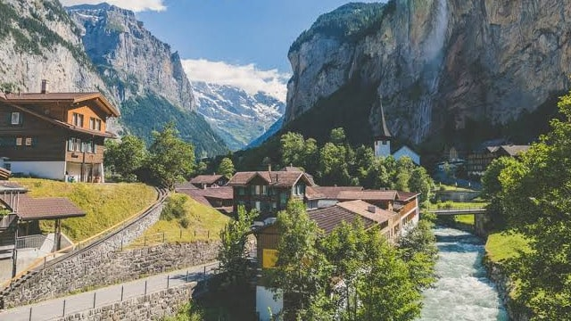 Switzerland: Most Romantic Honeymoon Destination