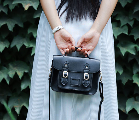 featured handbags with ajio coupons