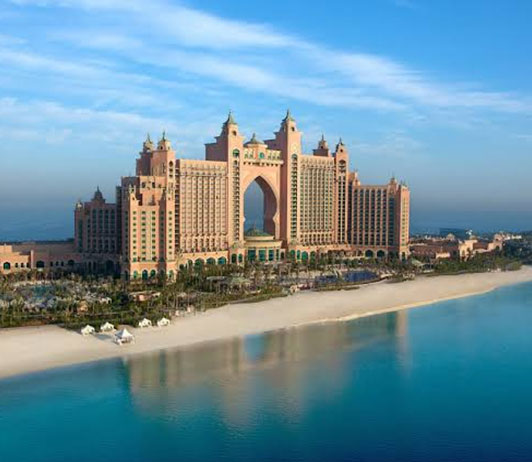 5 Luxurious Hotels in Dubai