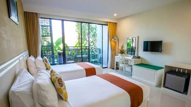 Premier King Garden View Rooms