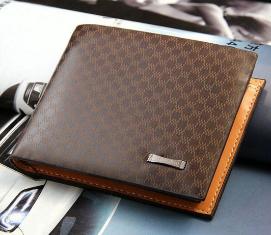 Top cakssic wallets on Amazon fashion