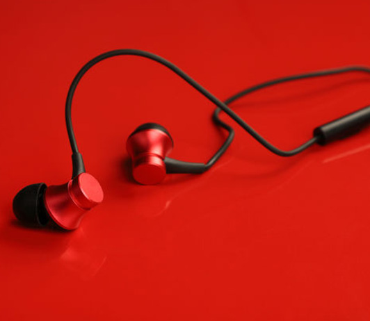 Classic Wired Earphones Under Rs 1000