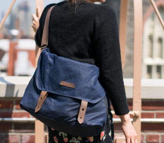 Messenger bags on Amazon fashion