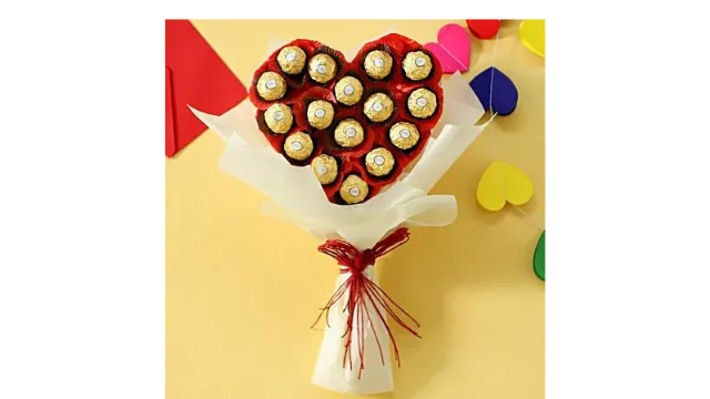 A Chocolate Bouquet as a Surprise Anniversary Gift for Husband