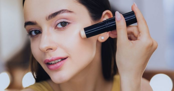 Best Concealer Brands for Oily Skin