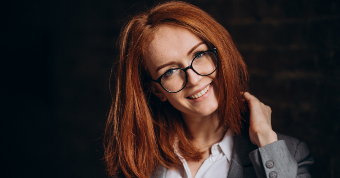 Best brands of eyeglasses for round faces