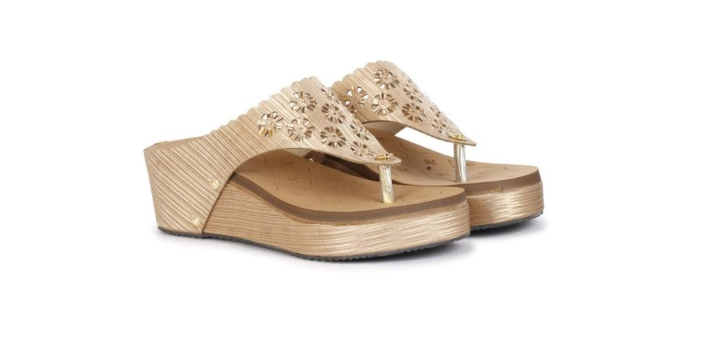 Quriozz Sandals for Women
