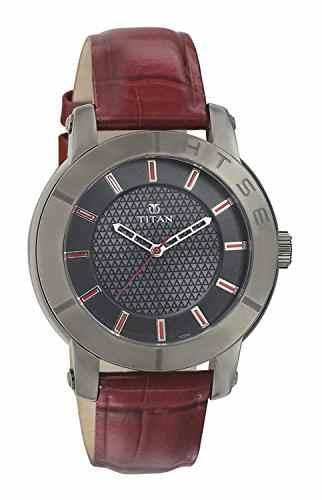 Titan 2526QL01 HTSE 3 Analog Watch