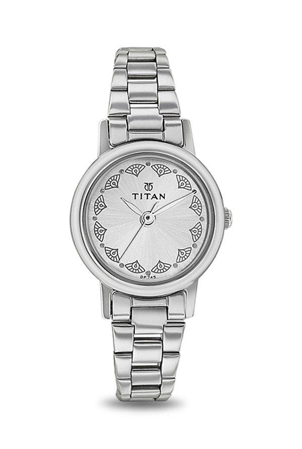Titan 917SM03 Analog Silver Dial Women's Watch (917SM03)