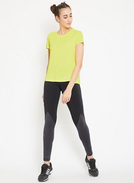 Adidas Solid tshirt