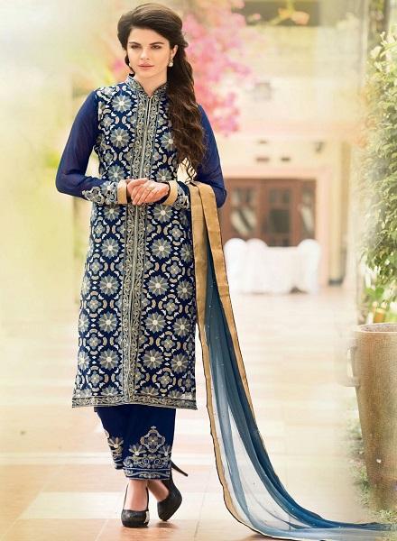 10 Types Of Pakistani Kurtis Every Women Should Own