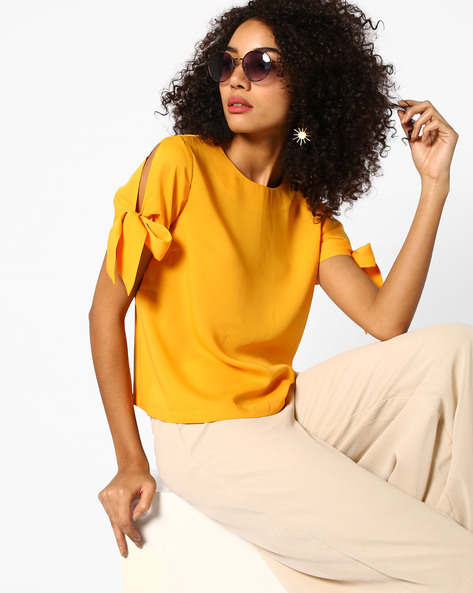 Shopclues Knotted Sleeves Top