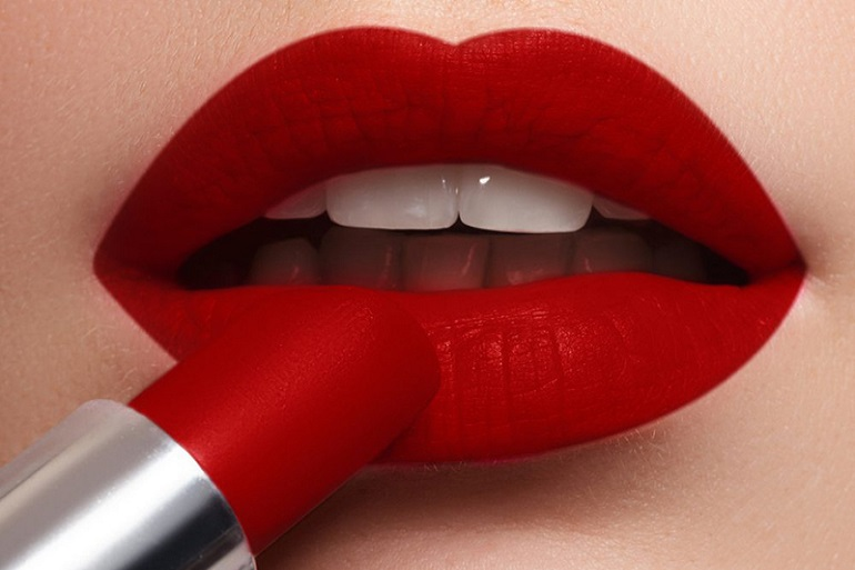 7 Best Red Matte Lakme Lipsticks For Indian Skin Tones