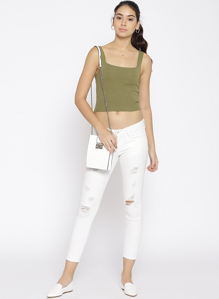 Ripped Jeans with a crop top