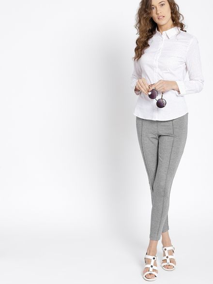 Jeggings with Business Shirts