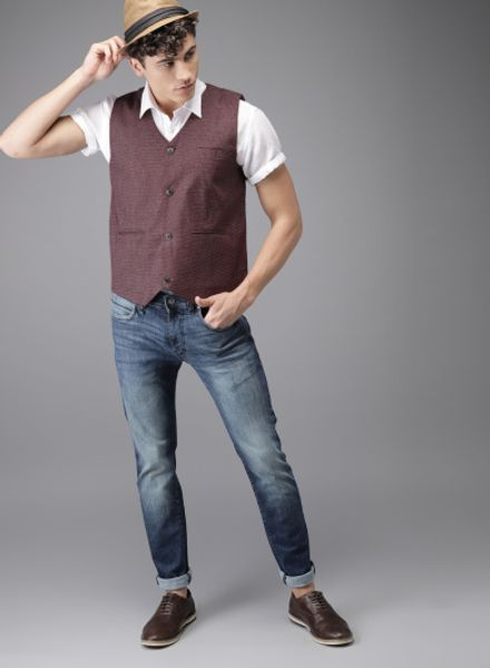 How to Wear Casual Waistcoat with Jeans