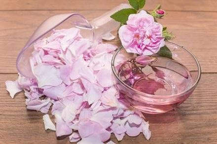 Rose Water Preparation
