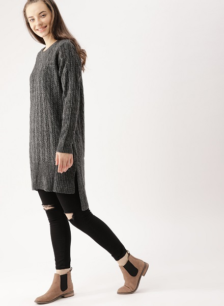 Longline Pullover With Ripped Leggings