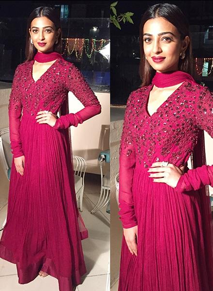 Radhika apte look 5