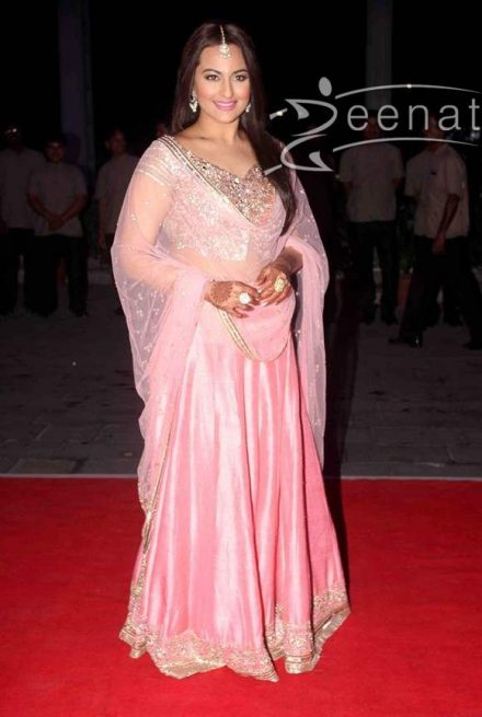 Sonakshi Sinha: Oh-So Stunning!