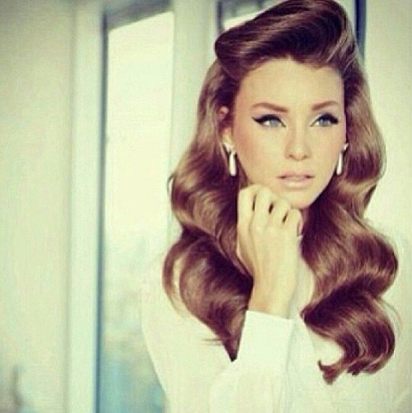 Retro Hairstyle For Women