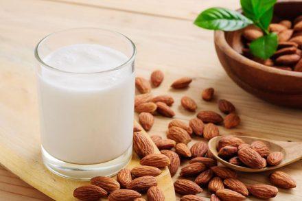 For Dry Skin – Multani Mitti, Almond And Milk