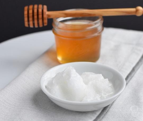 Baking Soda, Olive Oil And Honey