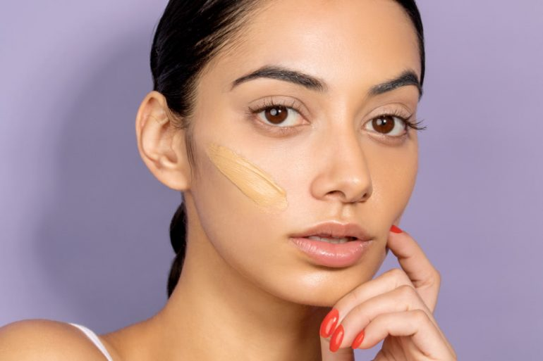 How To Use ConcealerFor A Flawless Look
