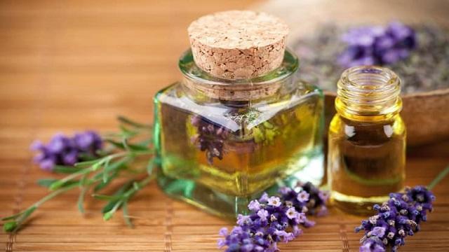 Lavender & Tea Tree Oil