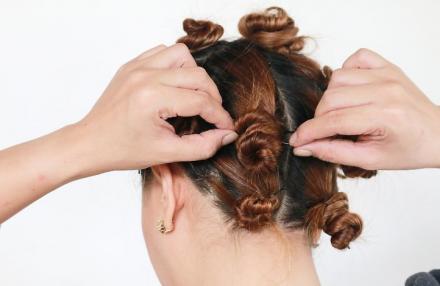 Volume Curls With Twist Buns