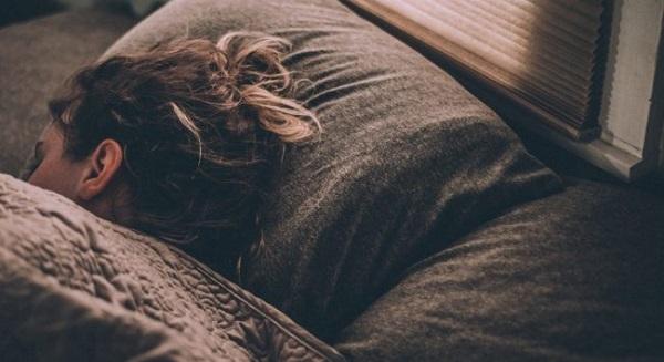 Sleep with low loose braid