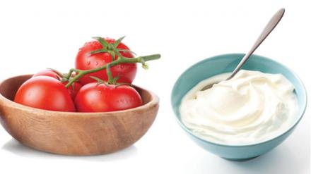 Apply Yogurt And Tomato Pack