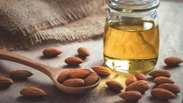 Almond Oil/ Coconut Oil