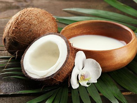 Use Coconut Milk And Lime Mask