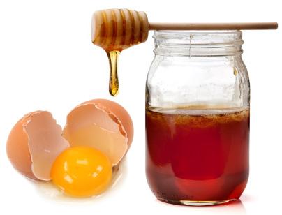 To Fight Dry Hair - Egg Yolk And Honey