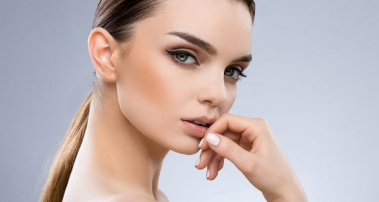 How To Get Thicker Eyebrows Naturally?