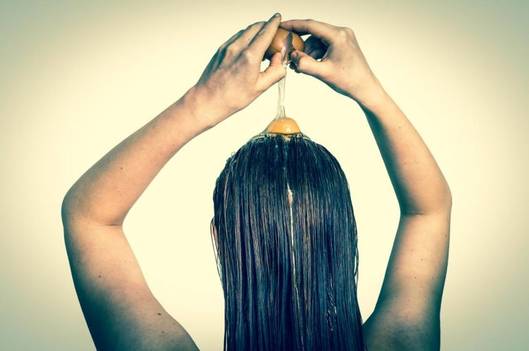 How To Use Egg To Fight Hair Problems