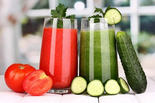 Cucumber And Tomato Juice Face Pack