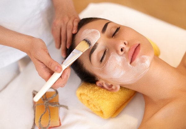10 Best Ayurveda Face Packs for Glowing Skin