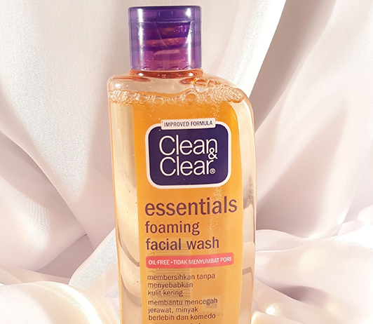 Clean-and-Clear-Face-Wash