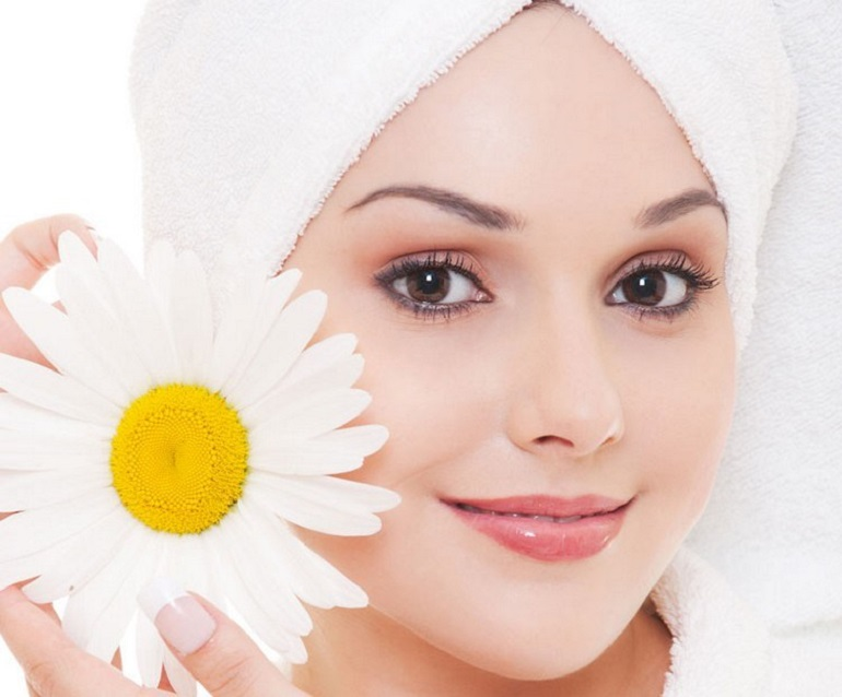 10 Best Creams for Fair and Glowing Skin