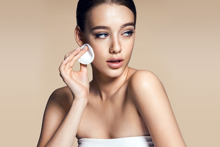 Top 13 Creams For Oily Skin In India