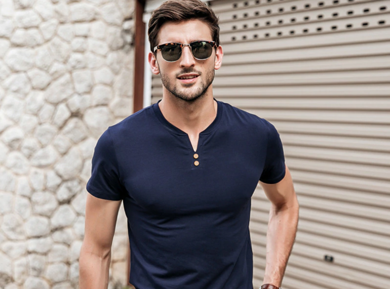 10 Best T-Shirt Brands In India For Men – The Good Look Book