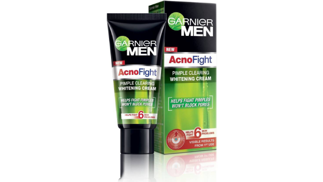 Garnier Men Acno Fight Whitening Day Cream