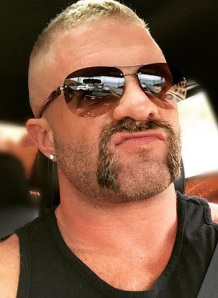 Horseshoe Beard